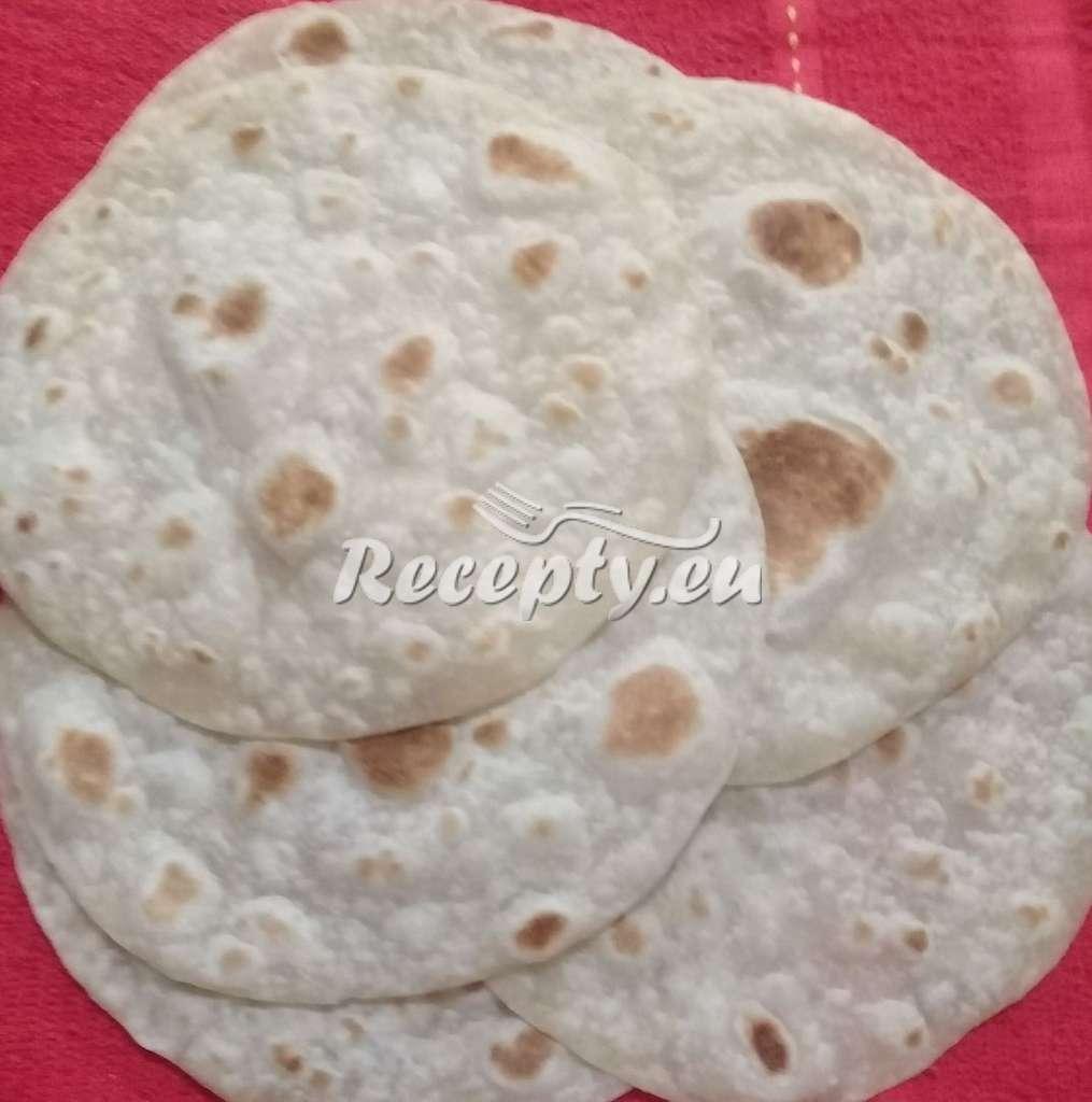 Moučné tortilly